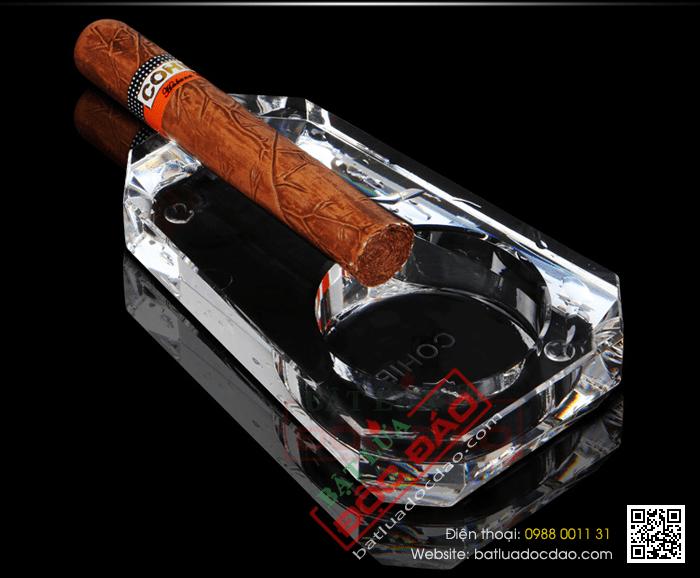 Mua gạt tàn xì gà Cohiba 1 điếu pha lê GT001 ở đâu? 1464057639-gat-tan-xi-ga-cohiba-gat-tan-cigar-cohiba-phu-kien-xi-ga-cigar-cohiba-5