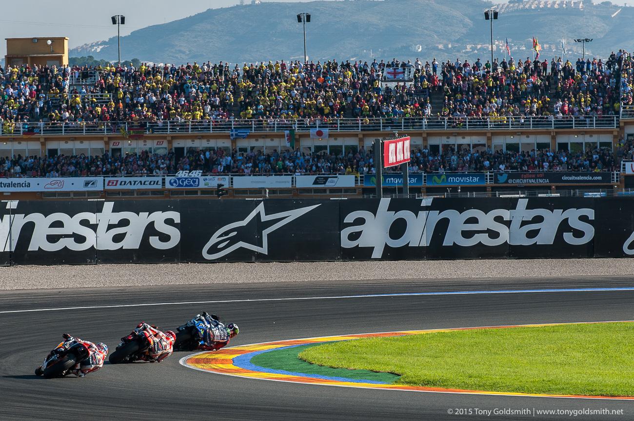 [GP] Valencia - Page 3 Sunday-Valencia-Grand-Prix-of-Valencia-MotoGP-2015-Tony-Goldsmith-2721