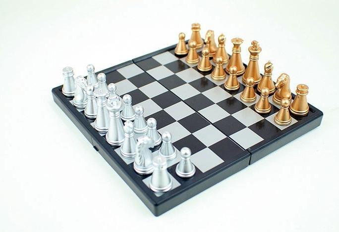 الحرة الشحن الدولية في الشطرنج A002 479972369_820