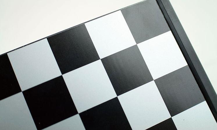 الحرة الشحن الدولية في الشطرنج A002 479972377_050