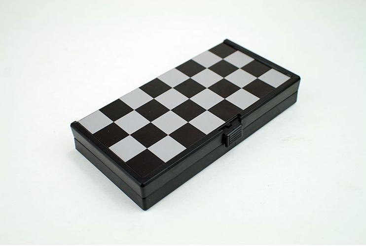 الحرة الشحن الدولية في الشطرنج A002 479972379_269