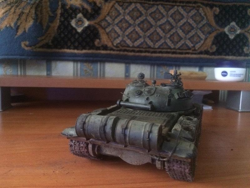 TRUMPETER T-62 Mod 1972  1/35 D837b36b2052