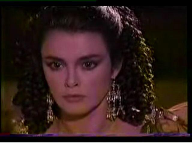 Странное возвращение Дианы Салазар/El Extrano Retorno de Diana Salazar 38e1b9c5277c