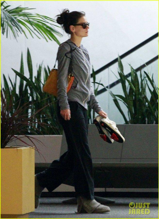 Katie Holmes / Кэти без Тома Dc133a46a3ca
