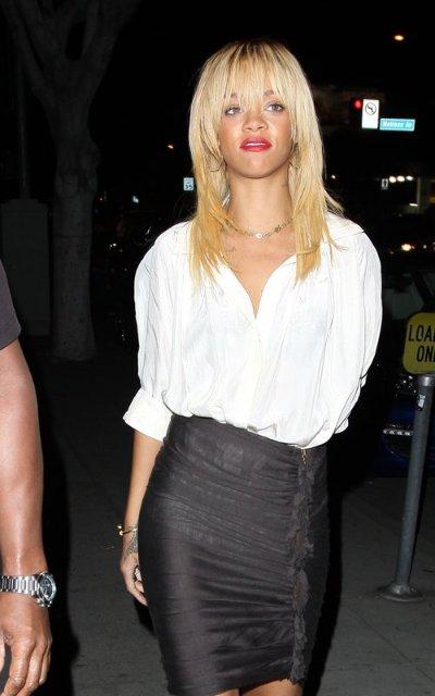 Rihanna  - Страница 2 Eda3912a9e60
