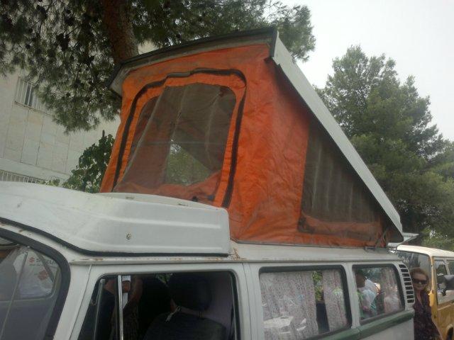 Выставка старых машин в кармиэле 3695219b0dc0
