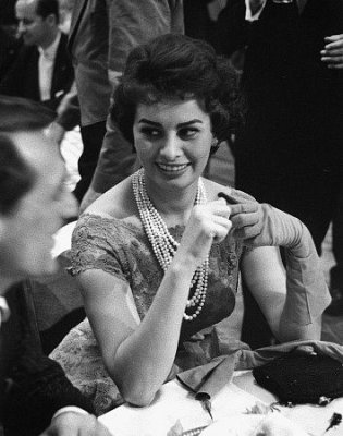 Софи Лорен/Sophia Loren - Страница 2 5518e59cb4d7