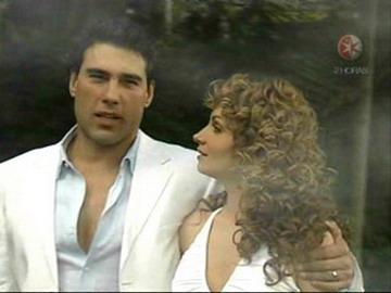 Очищенная любовь/Destilando Amor  - Страница 2 27eabffb6d8a