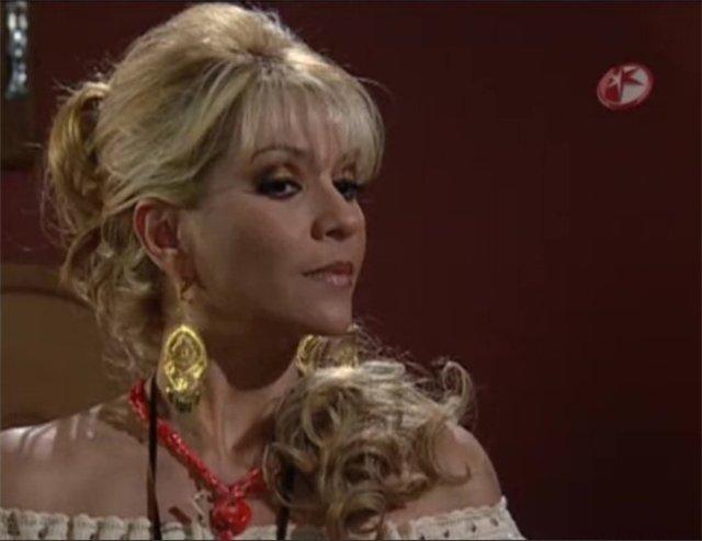 Даниэла Кастро / Daniela Castro - Страница 5 Bd5b9258e074