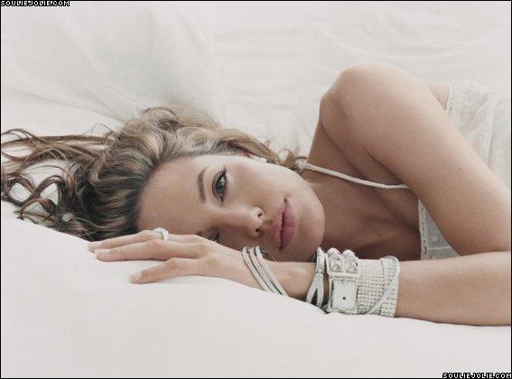 Анжелина Джоли / Angelina Jolie - Страница 2 07bdb8a7cd1d
