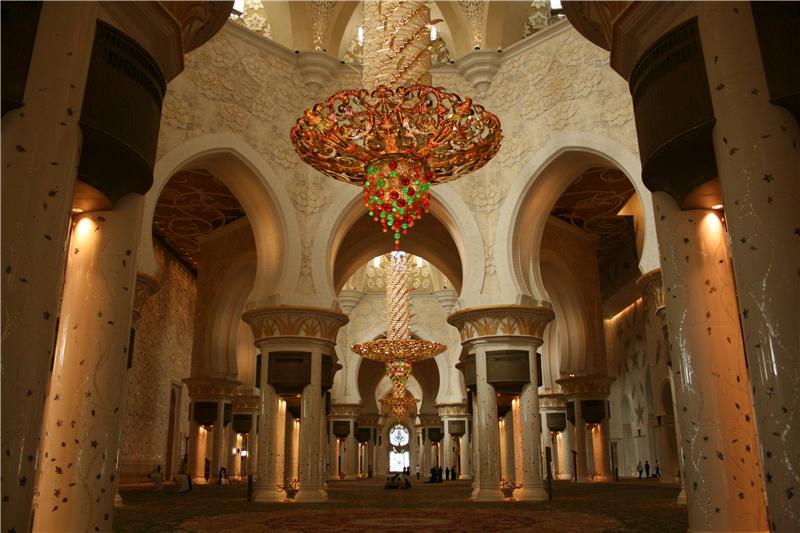Sheikh Zayed Grand Mosque, Abu-Dhabi  - Page 5 Fe3a98199bd9t