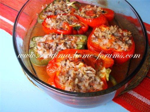Фаршированные  сладкие перцы, запеченые в духовке 8e8cafd0bf32