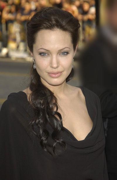 Анжелина Джоли / Angelina Jolie - Страница 2 E0481c783ea0