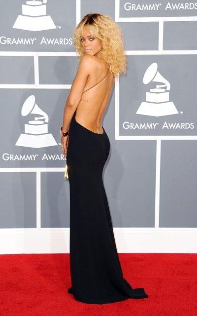 Rihanna  - Страница 2 24a958b5aa99