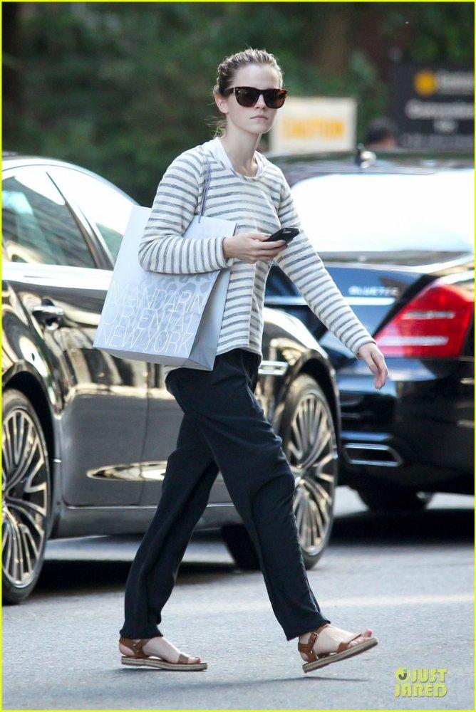 Emma Watson/ Эмма Уотсон - Страница 4 75786c9e5efb