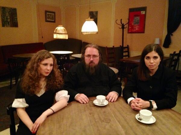 Пил ли Кураев с Пусси риот чай или это фотошоп? 788ba216d70b