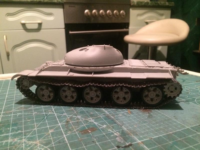 TRUMPETER T-62 Mod 1972  1/35 A2a42b0a7364