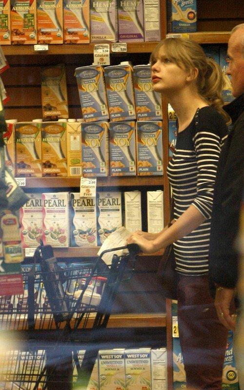 Taylor Swift / Тэйлор Свифт Ac1db215179d
