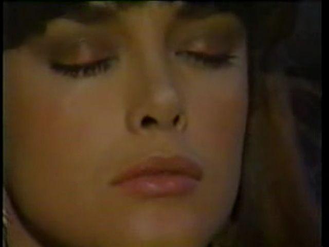 Странное возвращение Дианы Салазар/El Extrano Retorno de Diana Salazar 90a05b42ba75