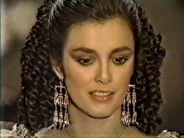 Странное возвращение Дианы Салазар/El Extrano Retorno de Diana Salazar 2fe644328fcd