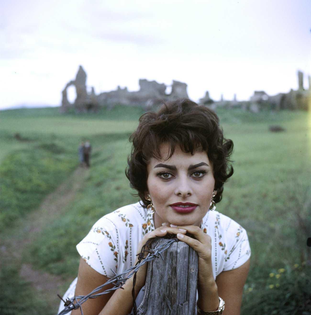 Софи Лорен/Sophia Loren - Страница 2 Cfe4e5b06680