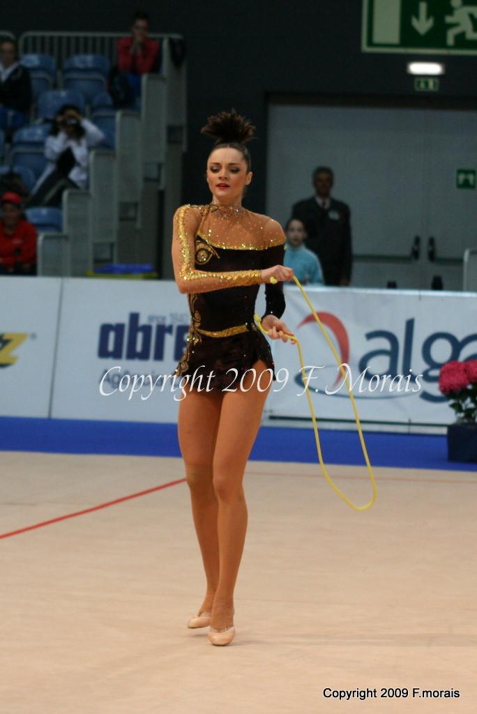 Anna Bessonova - Page 37 D4ac48f4fa25