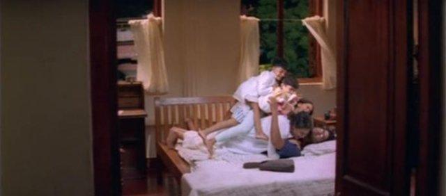 Поцелуй в щеку / Kannathil Muthamittal (2002) 8eb4e0406c0a
