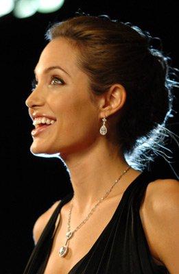 Анжелина Джоли / Angelina Jolie - Страница 2 980299768181