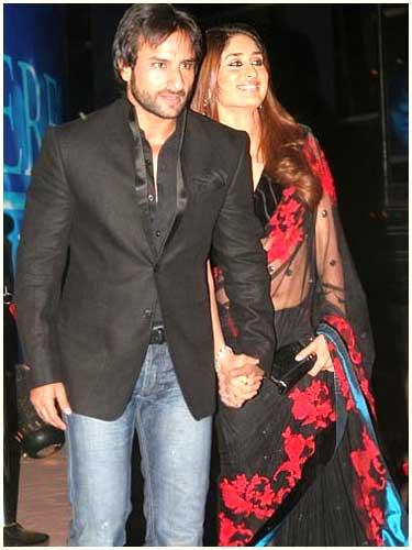 Karina and Karishma Kapoor 23ce20b76c13