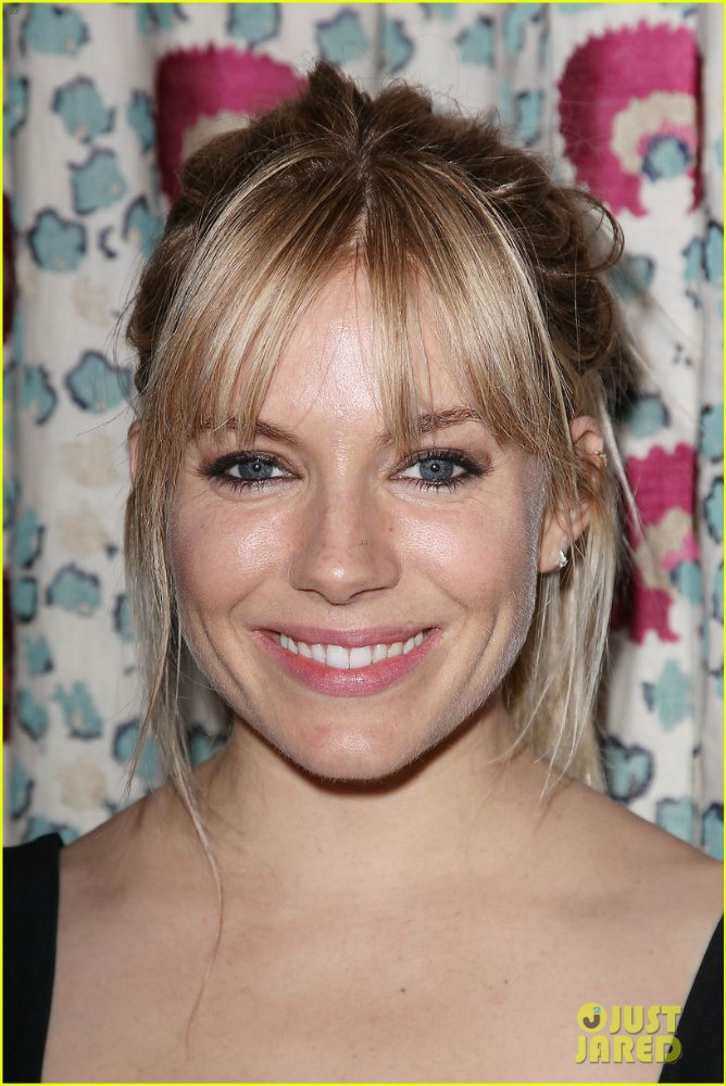 Sienna Miller  - Страница 3 A988854e7f0c