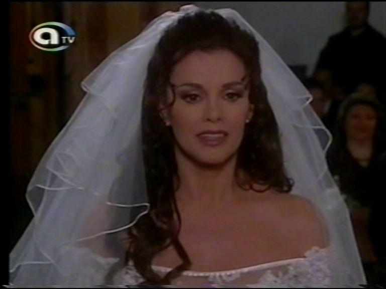 Женщина с характером/Golpe Bajo  886b24f5703b