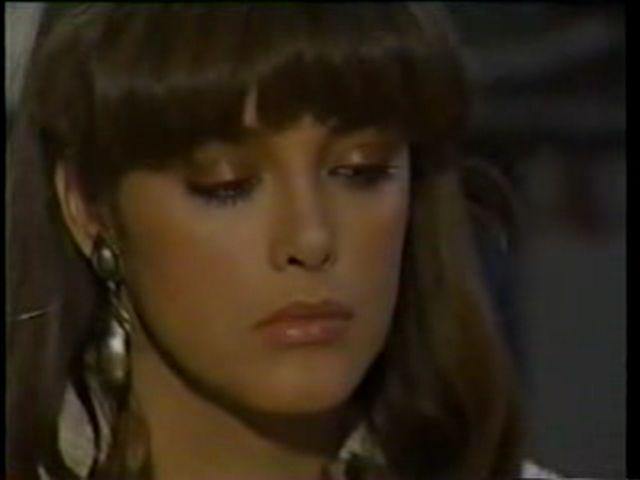 Странное возвращение Дианы Салазар/El Extrano Retorno de Diana Salazar A1ebb3540983