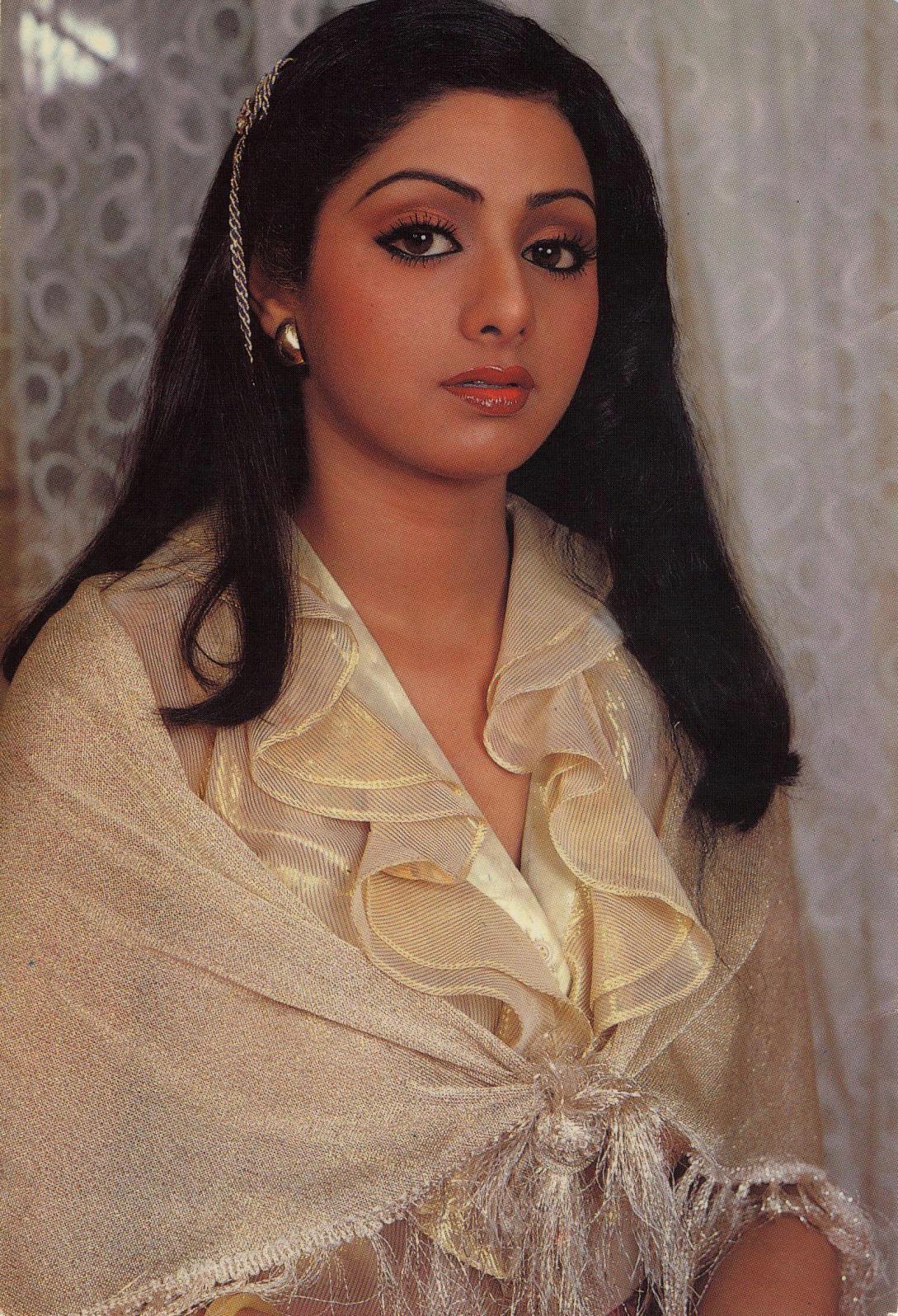 Sridevi (Kapoor) 7eb1fe3f9fea