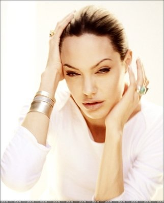 Анжелина Джоли / Angelina Jolie - Страница 2 E3218043861e