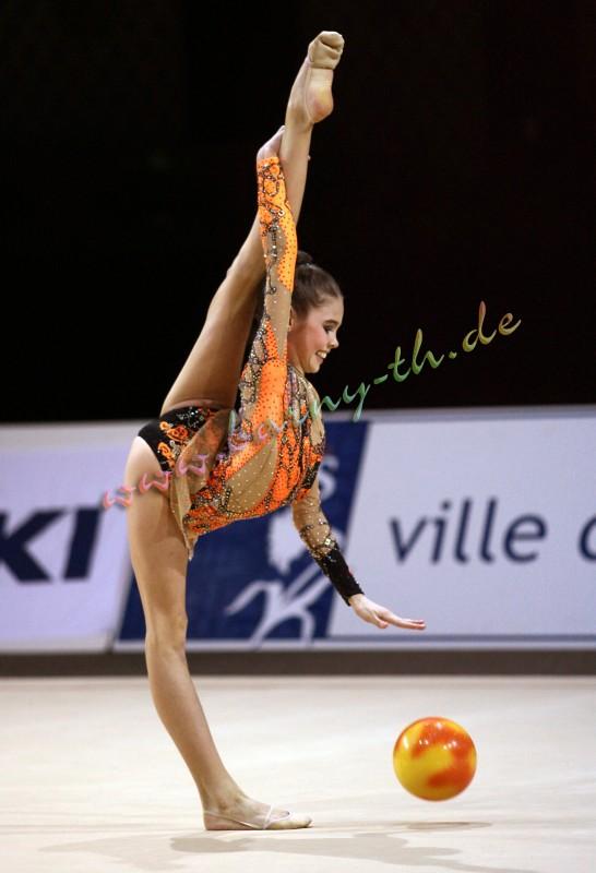 Alexandra Merkulova 23872e9762ff