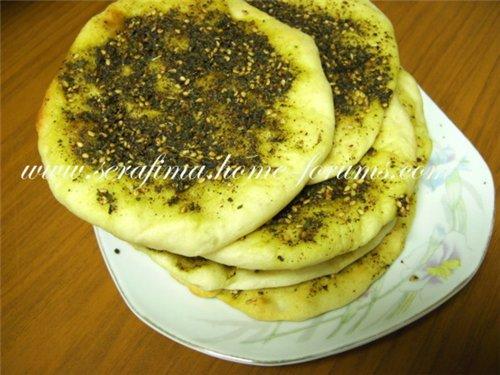 Арабские лепешки с сухой смесью заатар. Манаиш. Manaesh 698147b3d6c9
