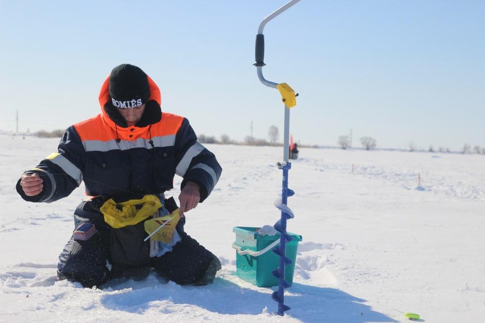 Первенство города Кургана по ловле на мормышку со льда среди юношей и девушек с 14 до 17 лет. 8ae013b21845