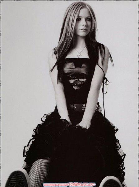 Avril Lavigne Cdb033a3682a