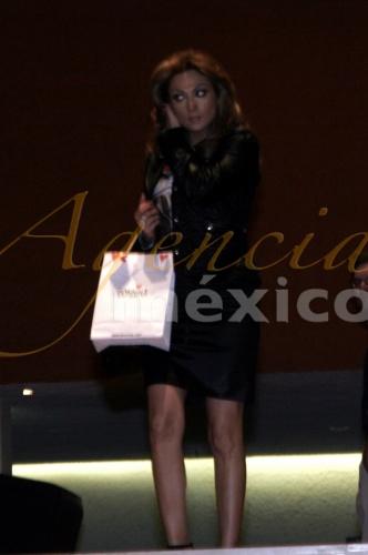 Нора Салинас / Nora Salinas Ba9ac8c0725b
