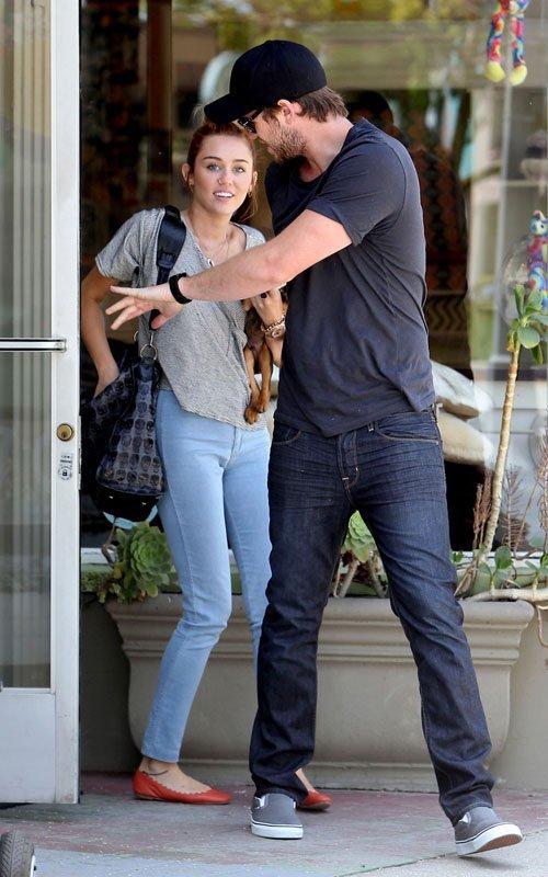 Miley Cyrus - Страница 3 378d4332a4e0