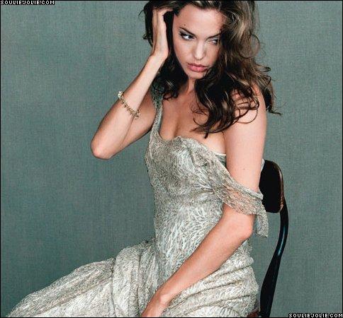 Анжелина Джоли / Angelina Jolie - Страница 2 84164eed4594