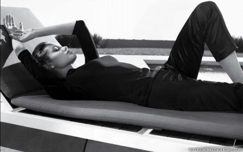 Анжелина Джоли / Angelina Jolie - Страница 2 1e7c125e9628