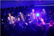 Backstreet Boys  350c2b4c7e4ft