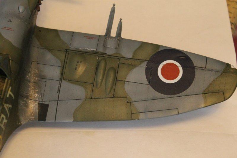 Supermarine Spitfire Mk. 22 Revell. 1/32 B8b2765fd4fe