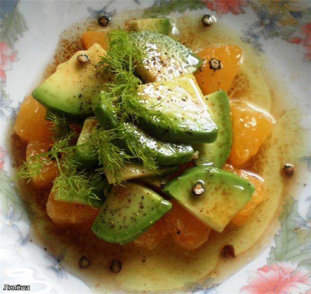 Острый салат из апельсинов и авокадо 7b81af05ca40