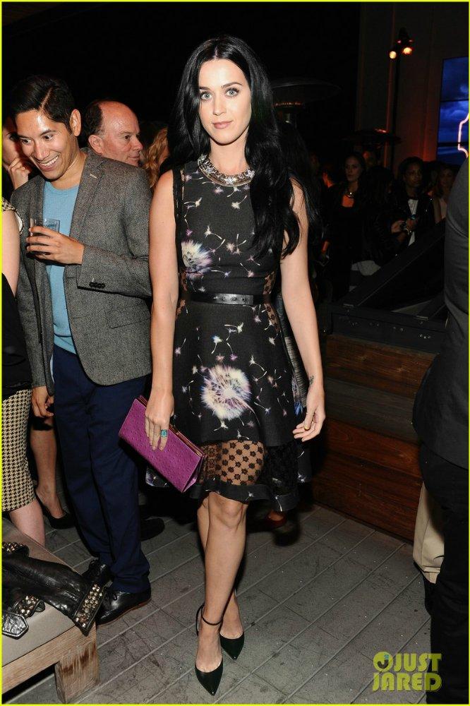 Katy Perry   Кэтти Перри - Страница 9 26ecd95f0735