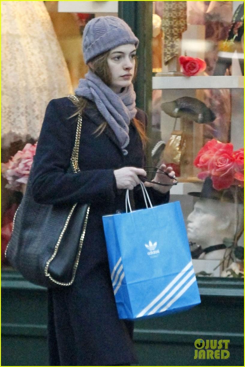 Anne Hathaway/Энн Хэтэуэй 73ac29052fef