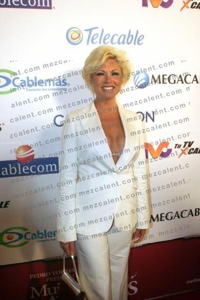Летисия Кальдерон / Leticia Calderon - Страница 2 601ff21e6be5