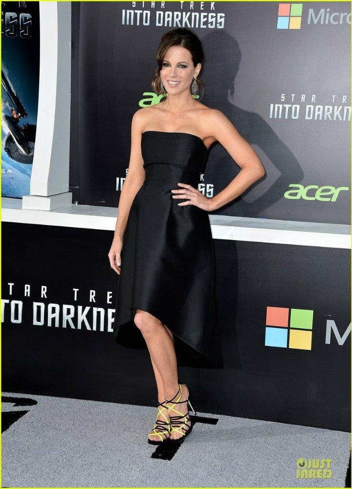 Kate Beckinsale - Страница 7 4f7a620bb641