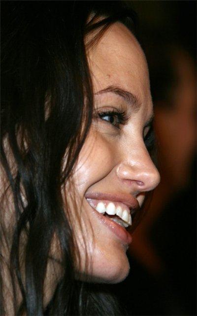 Анжелина Джоли / Angelina Jolie - Страница 2 C2f00c175b6c